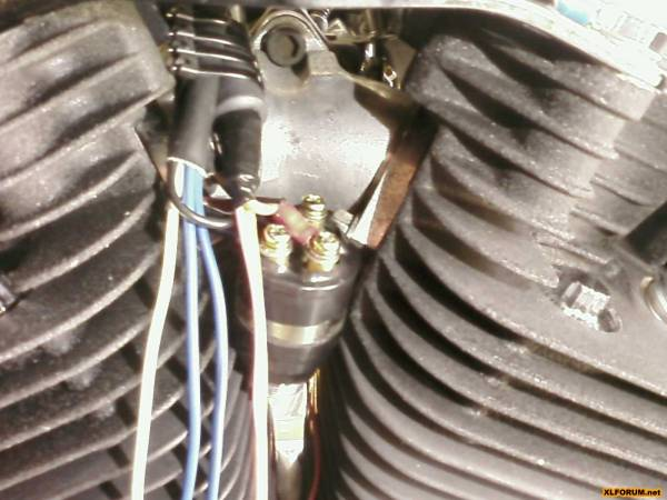 PIC 0408 voes indicator light install [archive] the sportster and buell Simple Harley Wiring Diagram at bakdesigns.co