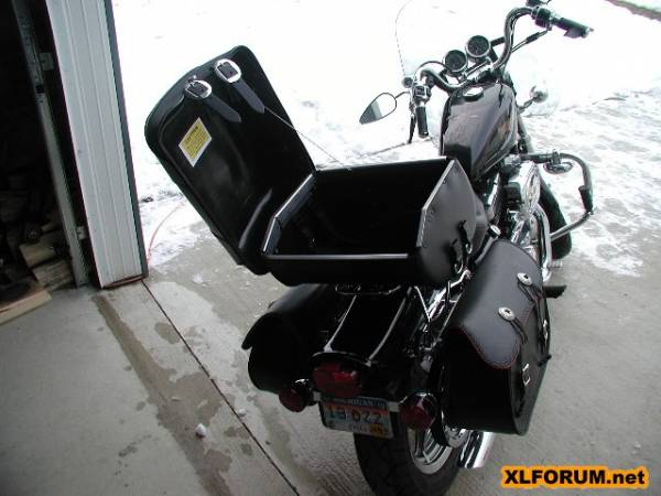 Leatherpros Tb3900 Trunk Bag Install The Sportster And Buell Motorcycle Forum The Xlforum 174